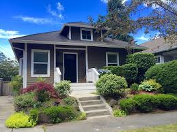 sweet craftsman bungalow with big deck and gourmet kitchen
