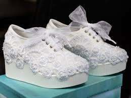 wedding shoes platform wedding shoes size 6 8 last ones in this lace platform wedge