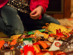 who has halloween candy on sale healthiest and least healthy halloween candy business insider