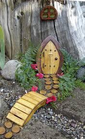 Deko Garten Selber Machen Holz Gartendeko Selber Machen Eine Gnom Tür Für Den Baum