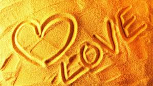love heart candy pair wallpapers love sand love hd wallpapers