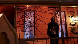 52 creative diy halloween decorations using spider web round decor