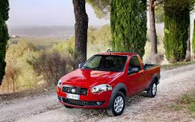 fiat strada download wallpaper 1680x1050 fiat strada pickup red 1680x1050