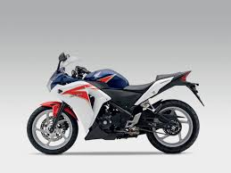 honda cbr250r first look 2011 honda cbr250r visordown