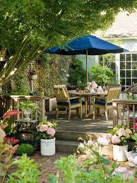 Patios And Decks For Small Backyards by Small Deck Design Ideas