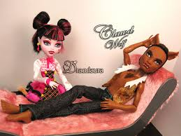 clawd and draculaura clawd wolf draculaura you re right draculaura clawd is flickr
