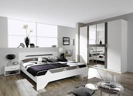 chambre a coucher blanche chambre adulte design blanche et grise rudie chambre adulte pas