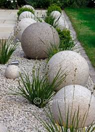 best 25 driveway landscaping ideas on pinterest sidewalk