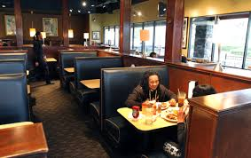 gladys knight u0027s chicken and waffles in lithonia permanently closed