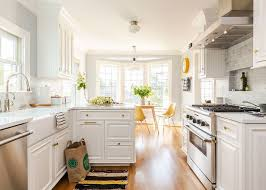 are brown kitchen cabinets still in style 3 designers outdated kitchen trends to retire