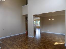 Laminate Flooring Ct 619 Jacquelyn Ct Eugene 97402