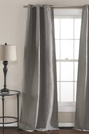 Hang Curtains Higher Than Window by How To Measure Curtains For Bay Windows Overstock Com