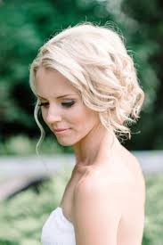 how to do the country chic hairstyle from covet fashion ehow shabby wedding shabby chic wedding 2047885 weddbook