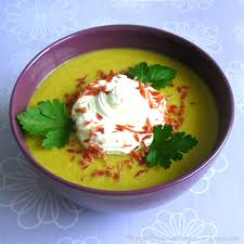 recettes de cuisine avec le vert du poireau soupe verte aux pois cassés la cuisine des anges