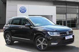 volkswagen tiguan black 2016 volkswagen tiguan diesel 2 0 tdi bmt 150 se nav 5dr for sale at