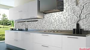 modele carrelage cuisine modele carrelage cuisine mural idee 4 f mur emaux de verre majestic