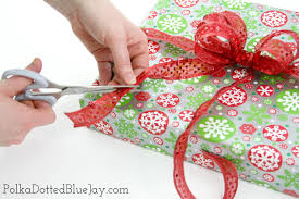 gift wrapping bows how to make gift wrap bows polka dotted blue
