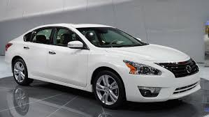 new nissan altima 2018 iihs new nissan altima garners top safety pick recognition