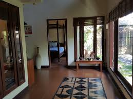 2 bedroom villa on 313 sq m of freehold for sale 5 minutes from