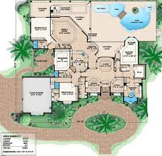 wide lot with unique courtyard 66210we architectural designs