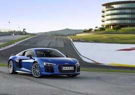 Audi R8 V10 - why the audi r8 v10 plus is amazing