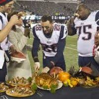thanksgiving day and football divascuisine