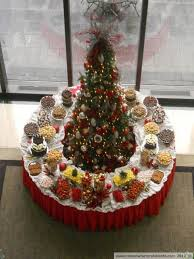 Table Centerpieces For Christmas Parties by Christmas Party Buffet Table Decorations Designcorner