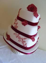 Heart Wedding Cake 3 Tier Burgundy Heart Wedding Cake Cakes By Shelly2011 Flickr