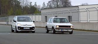 el volkswagen up gti se va de circuitos con su abuelo el