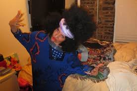 does michelle wear a wig local new york city white lady wears afro wig takes photos with