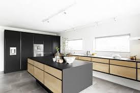 hauteur fenetre cuisine fenêtres cuisine haut de gamme conseils malins et photos cool