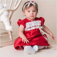 10 adorable red and white dresses for your baby