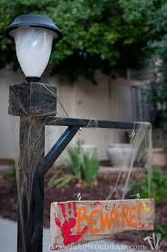 easy diy halloween lamppost a houseful of handmade