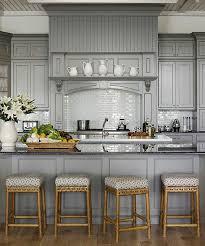 repeindre une cuisine en bois comment repeindre une cuisine id es en photos sa blanc newsindo co