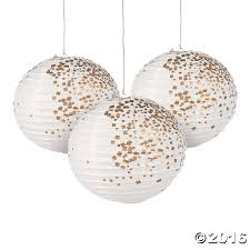 Ornament Chandelier Diy by Include These White U0026 Gold Patterned Paper Lanterns In Your