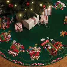 felt tree skirt kits crafters kingdom crafting with sylvestermouse