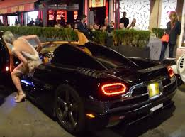 koenigsegg inside woman drives koenigsegg agera r like she stole it flies