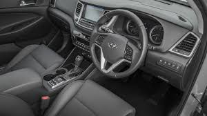 hyundai tucson hyundai tucson 1 7 crdi 2015 review by car magazine