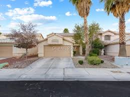 2 story homes 2 story homes with a master bedroom downstairs ballenvegas com