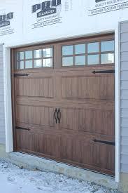 Garages That Look Like Barns Garage Doors That Look Like Barn Doors Very Easy Diy With Paint