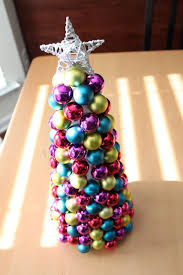 simply modern ornament tree tutorial