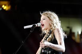 biography of taylor swift family taylor swift biography photos songs albums news just random