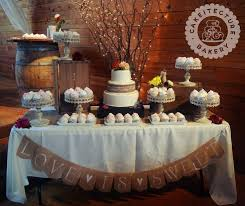 wedding cake display best 25 cupcake table displays ideas on wedding