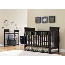 Solid Back Panel Convertible Cribs Benefits Of The Convertible Baby Cribs Home Decor And Furniture