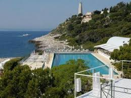 best price on four seasons grand hotel du cap ferrat in