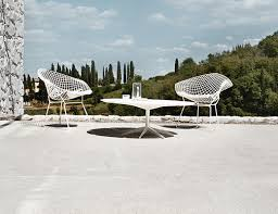Frank Gehry Outdoor Furniture by Petal Coffee Table Knoll