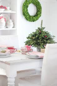 tabletop christmas tree using free clippings