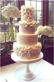 bespoke wedding cakes beautiful bespoke wedding cakes sussex surrey boutique