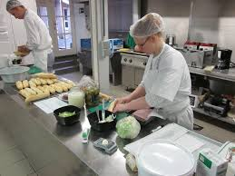 cuisine de collectivité centre scolaire joseph dolhain commis de cuisine de