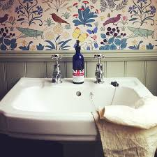 bathroom with wallpaper ideas the 25 best bathroom wallpaper ideas on half bathroom